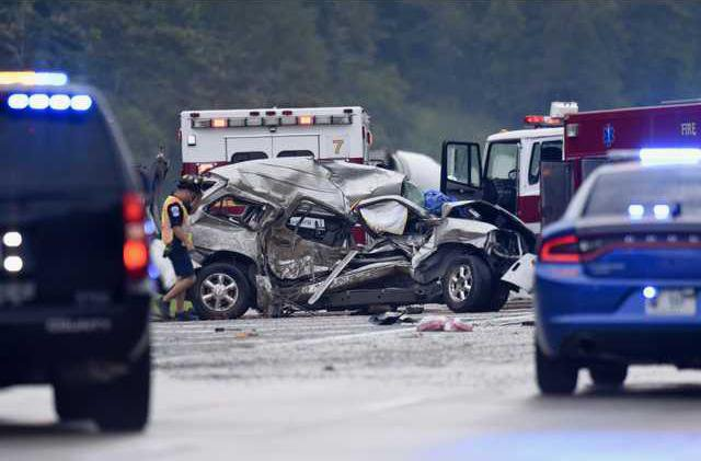 1 person killed in wreck on Ga  365 north of Howard Road