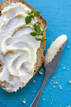 BC-US-FEA--Food-DIY-Butter-ref