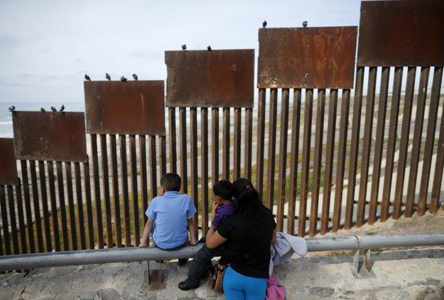 06212018 US MEXICO BORDER